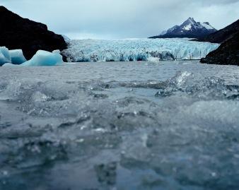 """""""Patagonie, histoires du bout du monde""""/Editions Solar 2004 mots clés : paysage/nature/bleu"""