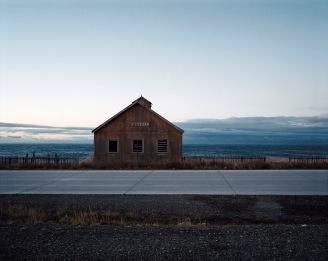 """""""Patagonie, histoires du bout du monde""""/Editions Solar 2004 mots clés : paysage/mer/marron/bleu"""