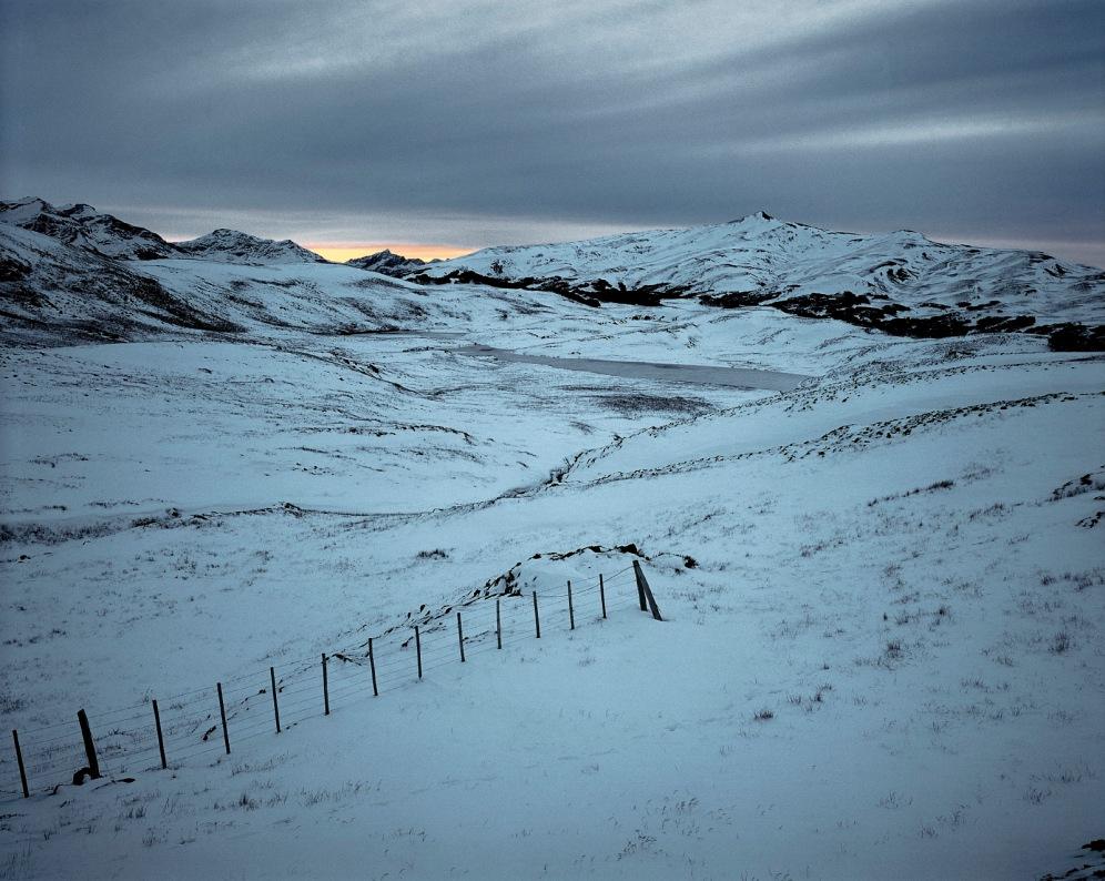 """""""Patagonie, histoires du bout du monde""""/Editions Solar 2004 mots clés : paysage/nature/nuit/bleu"""